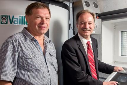 Biomasseheizanlage: Holzpellets und Hackscnitzel als Energiealternative